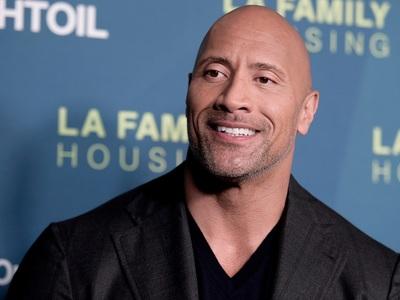 Ενας «βράχος» στο θρόνο των πιο ακριβοπληρωμένων stars της λίστας Forbes