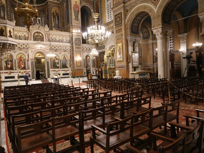 Στο ΣτΕ προσέφυγαν τέσσερις δικηγόροι για την απαγόρευση λειτουργιών στις εκκλησίες
