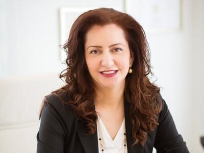 Χαριτίνη Πετροπούλου: Η μεσοθεραπεία είν...