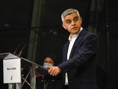 Βρετανία: Επανεξελέγη δήμαρχος του Λονδί...
