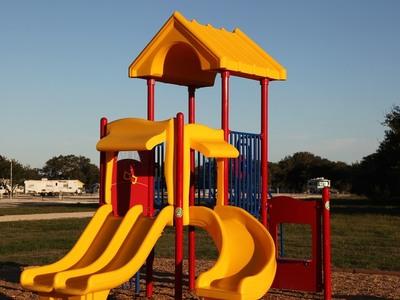 Ξεκινούν οι αιτήσεις για τις παιδικές κατασκηνώσεις του ΕΦΚΑ