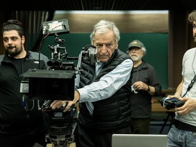 """Το """"Ενήλικοι στην Αίθουσα"""" του Κώστα Γαβρά, ταινία λήξης του 25ου Φεστιβάλ - Νύχτες Πρεμιέρας"""