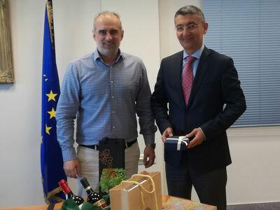 Τον Οργανισμό Λιμένος Πάτρας επισκέφθηκε ο Πρέσβης του Αζερμπαϊτζάν Anar Huseynov