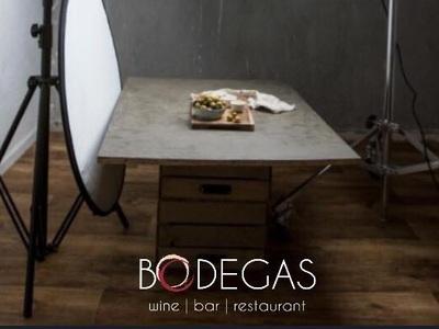 Επαγγελματική φωτογράφιση στα πιάτα του νέου μενού κάνει το Bodegas!