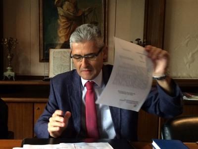 Ο Άγγελος Τσιγκρής φέρνει στη Βουλή τις ελλείψεις ΑΤΜ στη Δυτική Αχαΐα