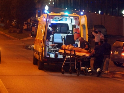 Οδηγός έχασε τον έλεγχο του Ι.Χ. του και τραυματίστηκε στην Πάτρα