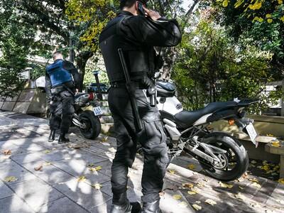 Πάτρα: Επιτέθηκαν στους αστυνομικούς που...
