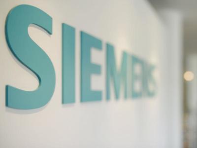 """Συγγνώμη και... """"καθάρισε"""" η Siemens για τις μίζες στους Έλληνες πολιτικούς"""