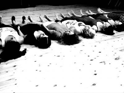 ΑΚΡΟ από τη Χοροθεατρική Ομάδα του Πανεπιστημίου Πατρών