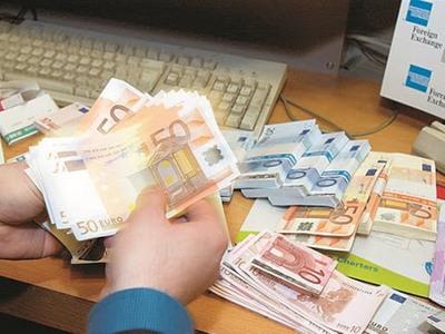 Τα ...γερά πορτοφόλια και οι «φτωχοί συγ...