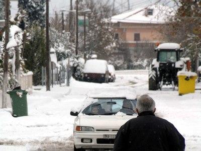 """Πυκνό χιόνι στο Μετόχι - """"Κατρακύλησε"""" η θερμοκρασία- ΒΙΝΤΕΟ"""