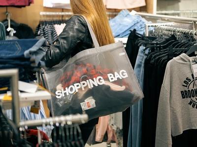 Φθηνότερα ψώνια μόνο χειμώνα και καλοκαίρι