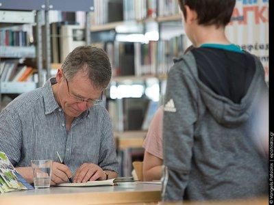 Έρχεται στην Πάτρα τον Οκτώβριο ο Γερμανός συγγραφέας παιδικής λογοτεχνίας, Γίργκεν Μπανσέρους