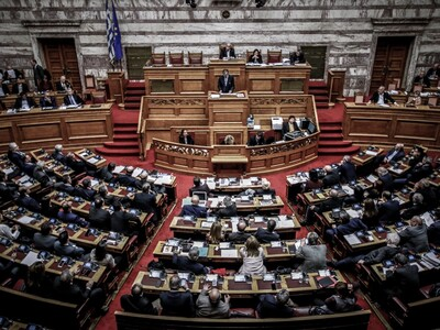 Απολυμάνσεις σε όλους τους χώρους της Βουλής