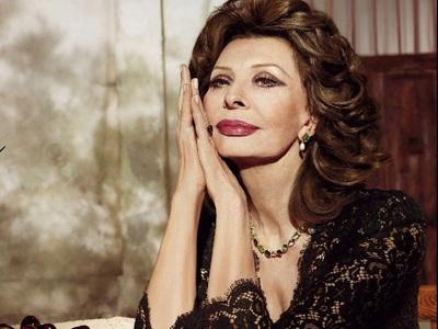 Η 86χρονη ιταλίδα ντίβα Σοφία Λόρεν έρχε...