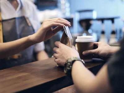 Πάτρα: Βγήκε να πάρει καφέ χωρίς παντελό...