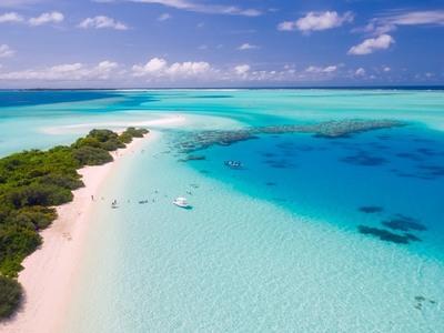 Η εφαρμογή που θα σας οδηγήσει στην ...καλύτερη παραλία!