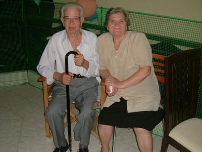 Ένα χρόνο μετά την απώλεια της μητέρας του, έχασε τον πατέρα του ο Παναγιώτης Αντωνόπουλος