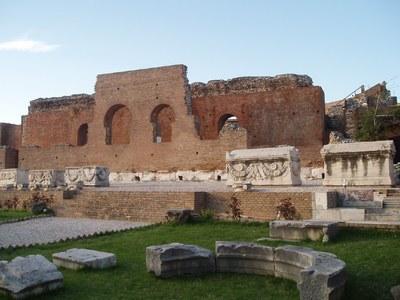 Το Ρωμαϊκό θέατρο της Πάτρας μετατρέπετα...