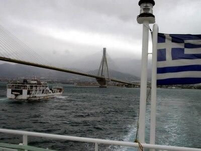 Το πλήρωμα ferry boat περισυνέλεξε άνδρα...