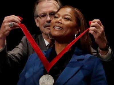 Το Πανεπιστήμιο Χάρβαρντ τίμησε την γνωστή ηθοποιό και ράπερ Queen Latifah