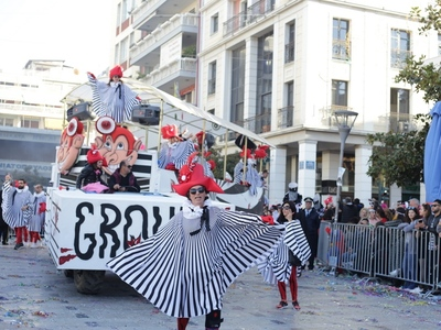 Χρώματα, φαντασία, εμπνευσμένες στολές στην καρναβαλική παρέλαση της Κυριακής - ΔΕΙΤΕ ΝΕΕΣ ΦΩΤΟ
