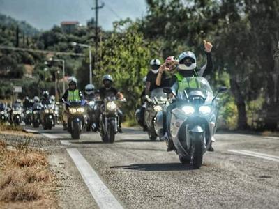 """Πανελλήνια... """"γκάζια"""" στη Ναύπακτο στη συνάντηση των φίλων του FJR Hellas Club- ΦΩΤΟ"""