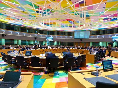 Eurogroup: 1 τρισεκατομμύριο για την αντιμετώπιση της κρίσης του κορωνοϊού