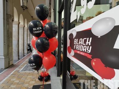 """Χωρίς ουρές η Black Friday στην Πάτρα- Κυρίως νέοι """"ρήμαζαν"""" τα gadget"""
