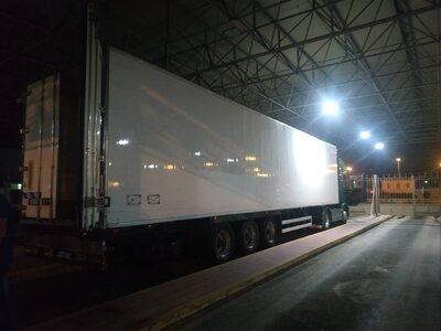 Πάτρα: Στη «φάκα» κύκλωμα που προωθούσε μετανάστες- Κρύπτη σε φορτηγό με καρπούζια