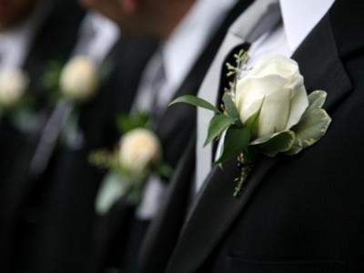 Γιατρός παντρεύτηκε στο Δημαρχείο, ήταν όμως ξαναπαντρεμένος, έχει και δύο παιδιά!