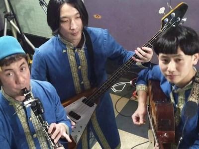 Το ιαπωνικό συγκρότημα που ξαναχτυπά με ξεκαρδιστική διασκευή σε τραγούδι του Κιάμου