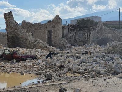 Αλ. Τσίπρας: Ο σεισμός δοκιμάζει τις αντ...