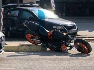 ΣΟΚ στο Λουτράκι: 19χρονος μοτοσικλετιστ...
