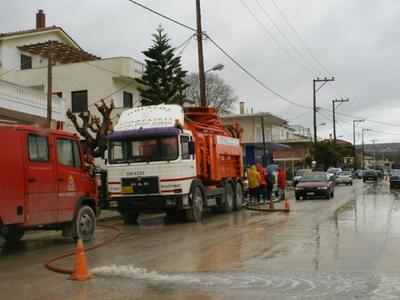 Αιγιάλεια: Οι ζημιές που προκλήθηκαν από τις πρωτοφανείς βροχοπτώσεις – Σε τι ενέργειες έχει προβεί ο Δήμαρχος