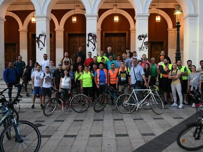 Νυχτερινή ποδηλατάδα στην Πάτρα με αφορμή την Παγκόσμια Ημέρα Ποδηλάτου- ΦΩΤΟ