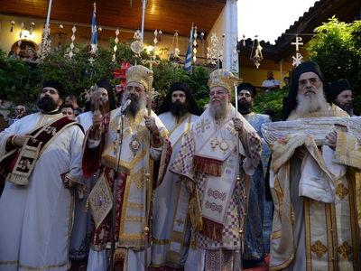 Στην Πάτρα η εικόνα της Παναγίας Σουμελά - Πλήθος κόσμου στα Εγκώμια της Παναγίας στο Γηροκομειό - ΦΩΤΟ