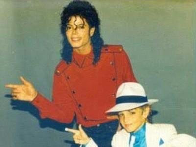 «O Mάικλ Τζάκσον με βίαζε για επτά χρόνια»- Νέα στοιχεία σε ένα ντοκιμαντέρ