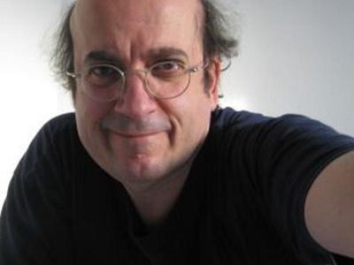 Ο Πατρινός σεναριογράφος που έχει μαγέψει τους Γερμανούς στηρίζοντας την Ελληνική οικογένεια!