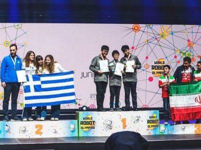 Οι πανηγυρισμοί των μαθητών της Πάτρας που πήραν ασημένιο μετάλλιο στην Ολυμπιάδα Εκπαιδευτικής Ρομποτικής W.R.O™ !!!