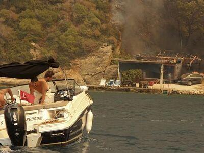 «Πύρινος εφιάλτης» σε Τουρκία- Ελλάδα- Ι...