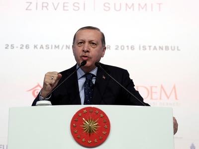 Ο Ερντογάν προαναγγέλλει γεωτρήσεις νότι...