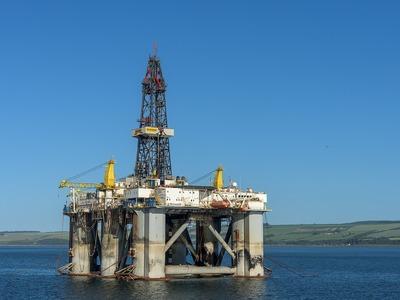 Πατραϊκός: Καθόμαστε πάνω σε πετρέλαια! Εκατομμύρια ευρώ όφελος