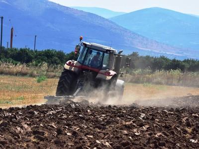 Ευνοϊκά δάνεια για τους αγρότες
