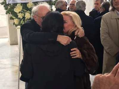 Η συγκινητική φωτογραφία που τράβηξε πατρινός στην κηδεία της ηθοποιού Μαριάννας Τόλη