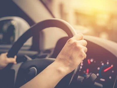 Οι συνήθειες των οδηγών που αποσπούν επι...