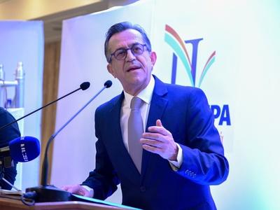Νίκος Νικολόπουλος: «Με το κόμμα των Πατρινών. Ούτε δεξιά. Ούτε αριστερά. Μόνο μπροστά»