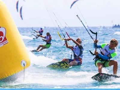 Διεθνής διοργάνωση KiteFoil & TwinTip στην Πλαζ της Πάτρας