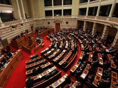 Εγκρίθηκε με ευρεία πλειοψηφία το νέο μνημόνιο-Διεγράφησαν οι δύο Αχαιοί βουλευτές του ΠΑΣΟΚ