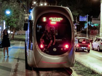 Παιχνίδια θανάτου στο τραμ- ΒΙΝΤΕΟ
